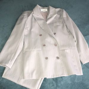 Lew Magram Suit 12 30L Light Grey Pin Striped Poly